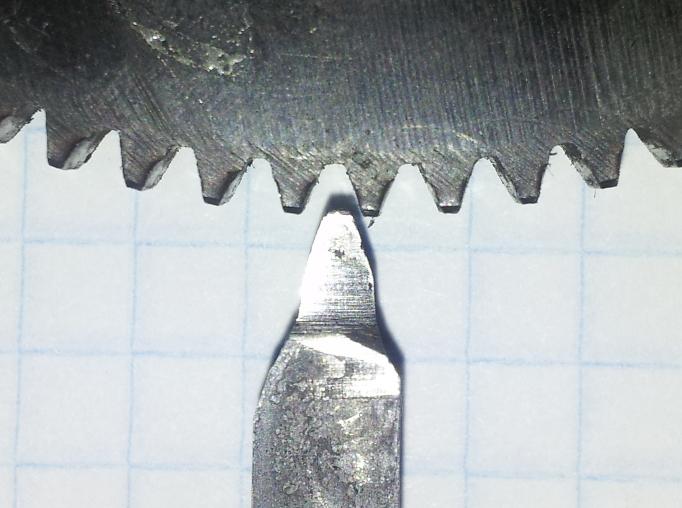 заточка резца в профиль зуба