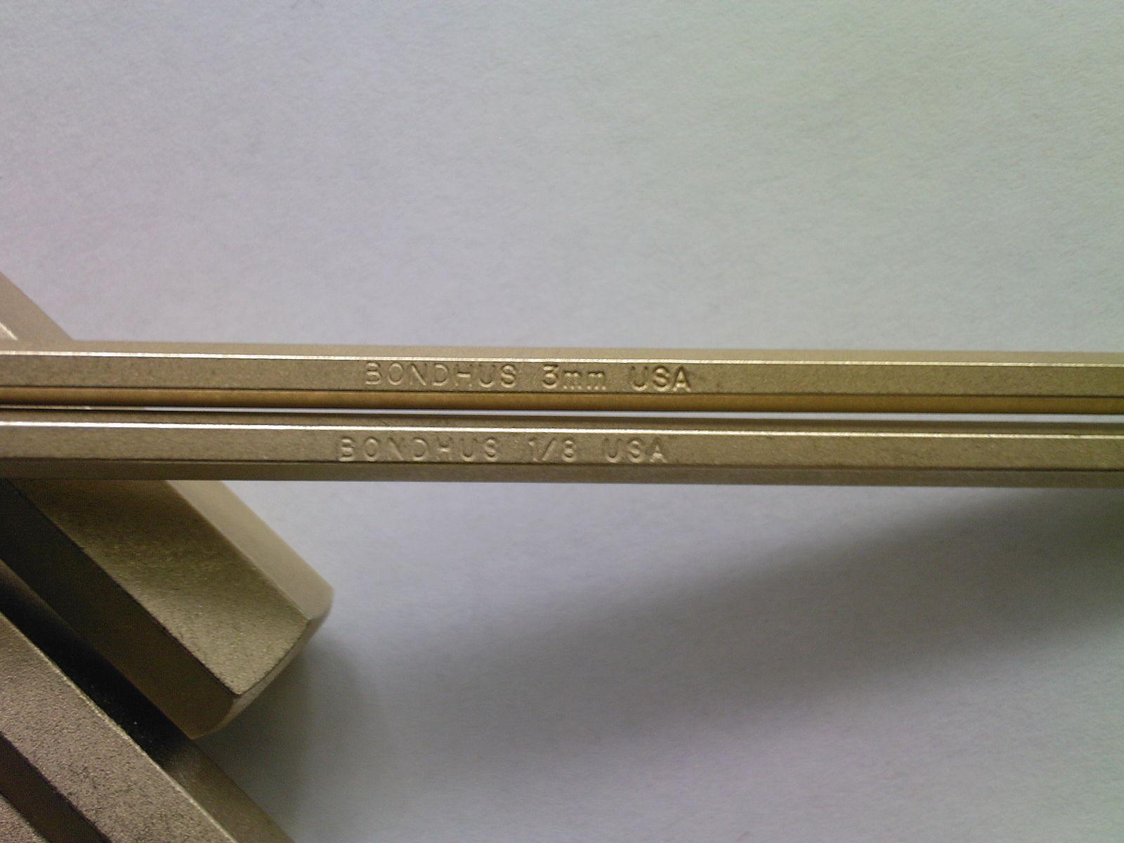 Набор ключей под внутренний шестигранник