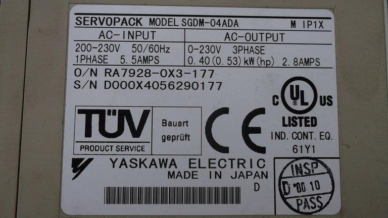 Yaskawa SGDM-04ADA 0-230V 400W with Plug, Servo Drive -Video testing