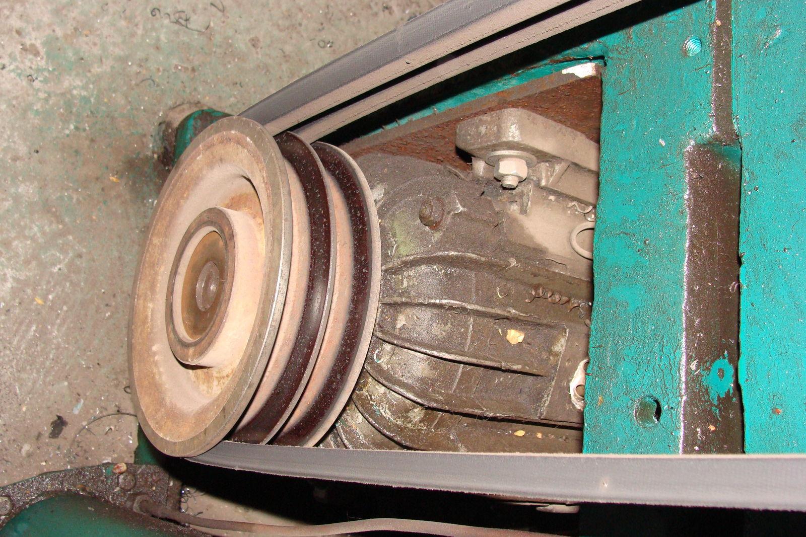 Электромотор привода