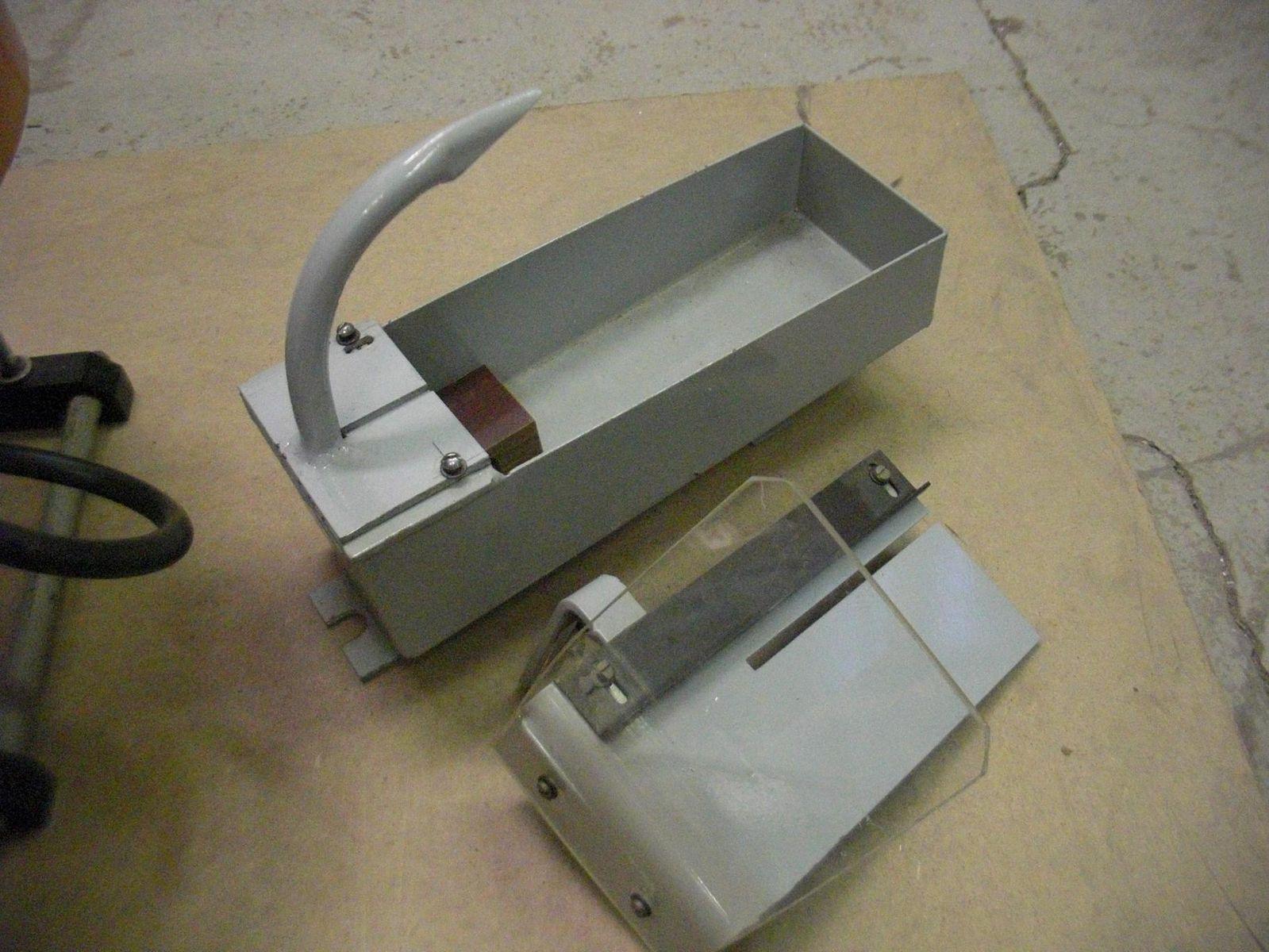 Станок ювелирный СУШО-1 поддон для отрезного диска и стол