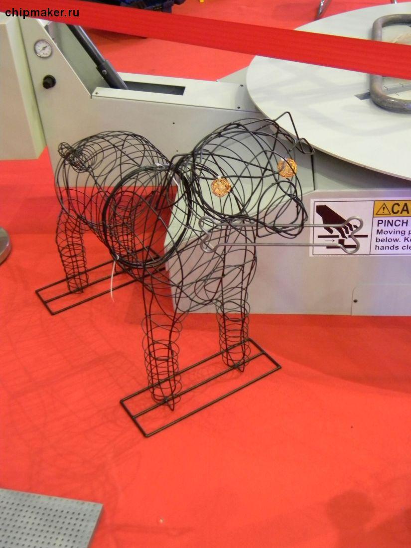 ДЕГРУС, проволокогиб - изделие (симпатичная собачка)