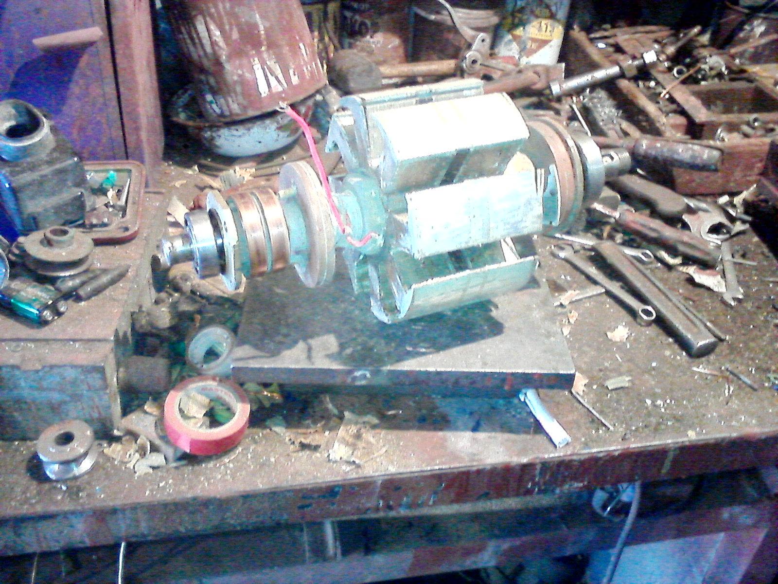 Ротор восемь полюсов 200 герц