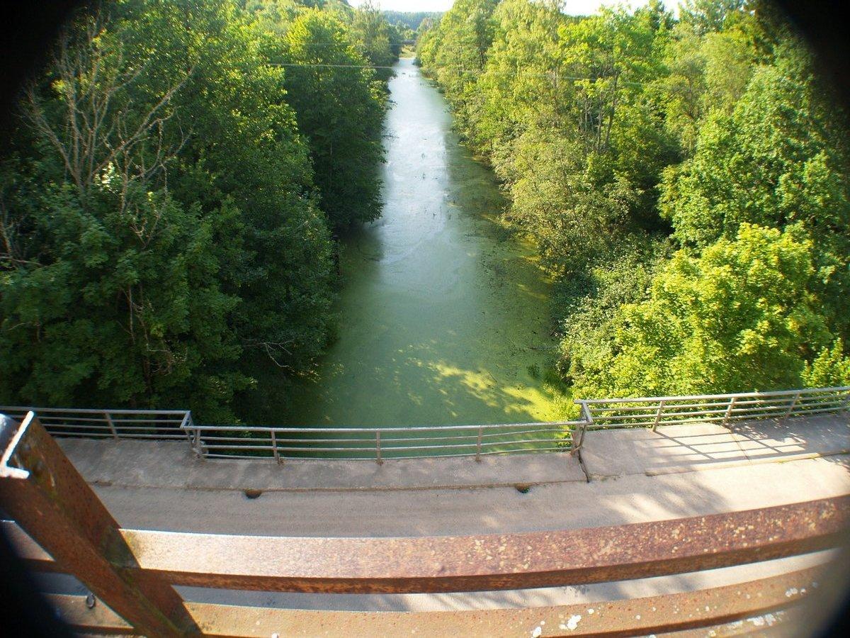 Вид сверху на Мазурский канал.