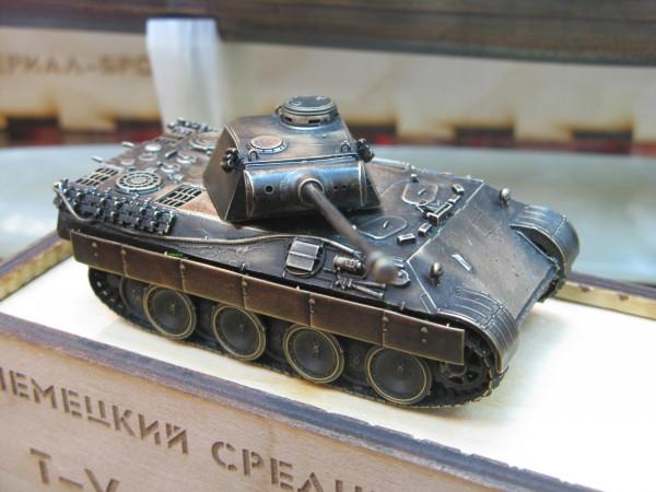 """Модель танка """"Пантера""""  из бронзы от Золотая антилопа"""