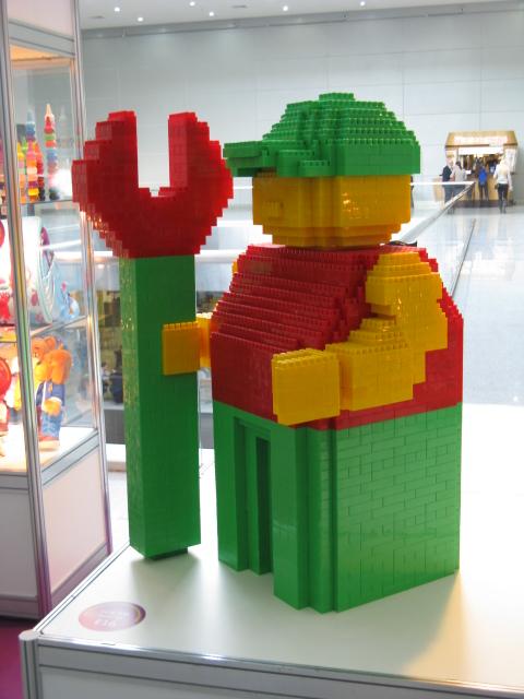 Лего скульптура