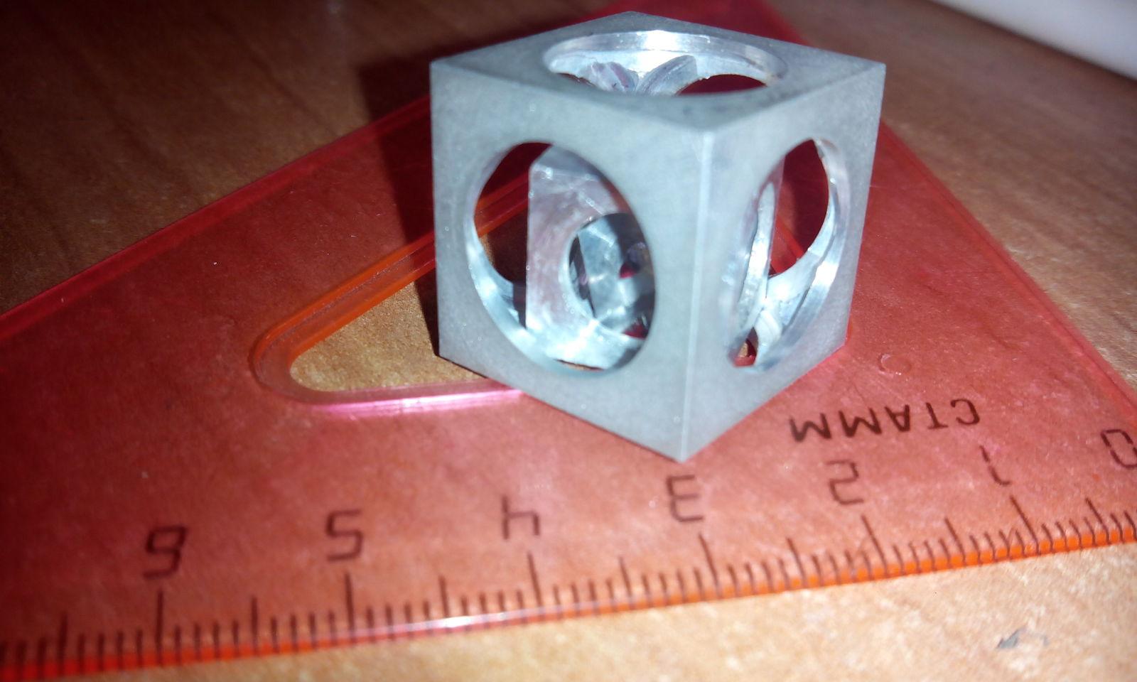 Мой Первый куб в кубе в кубе..