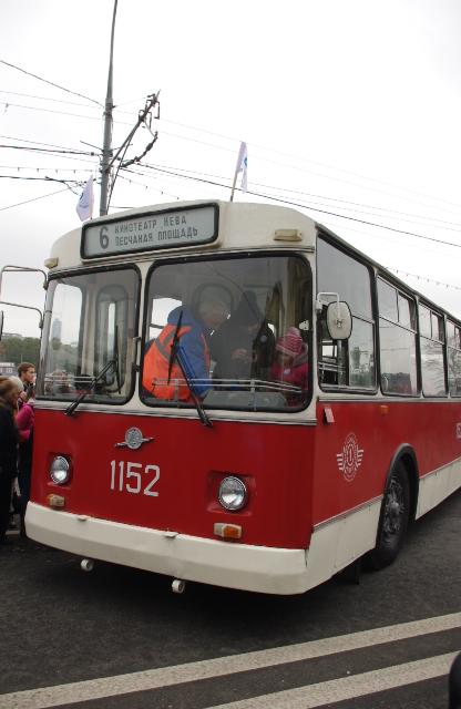 ЗиУ-9, самый массовый троллейбус