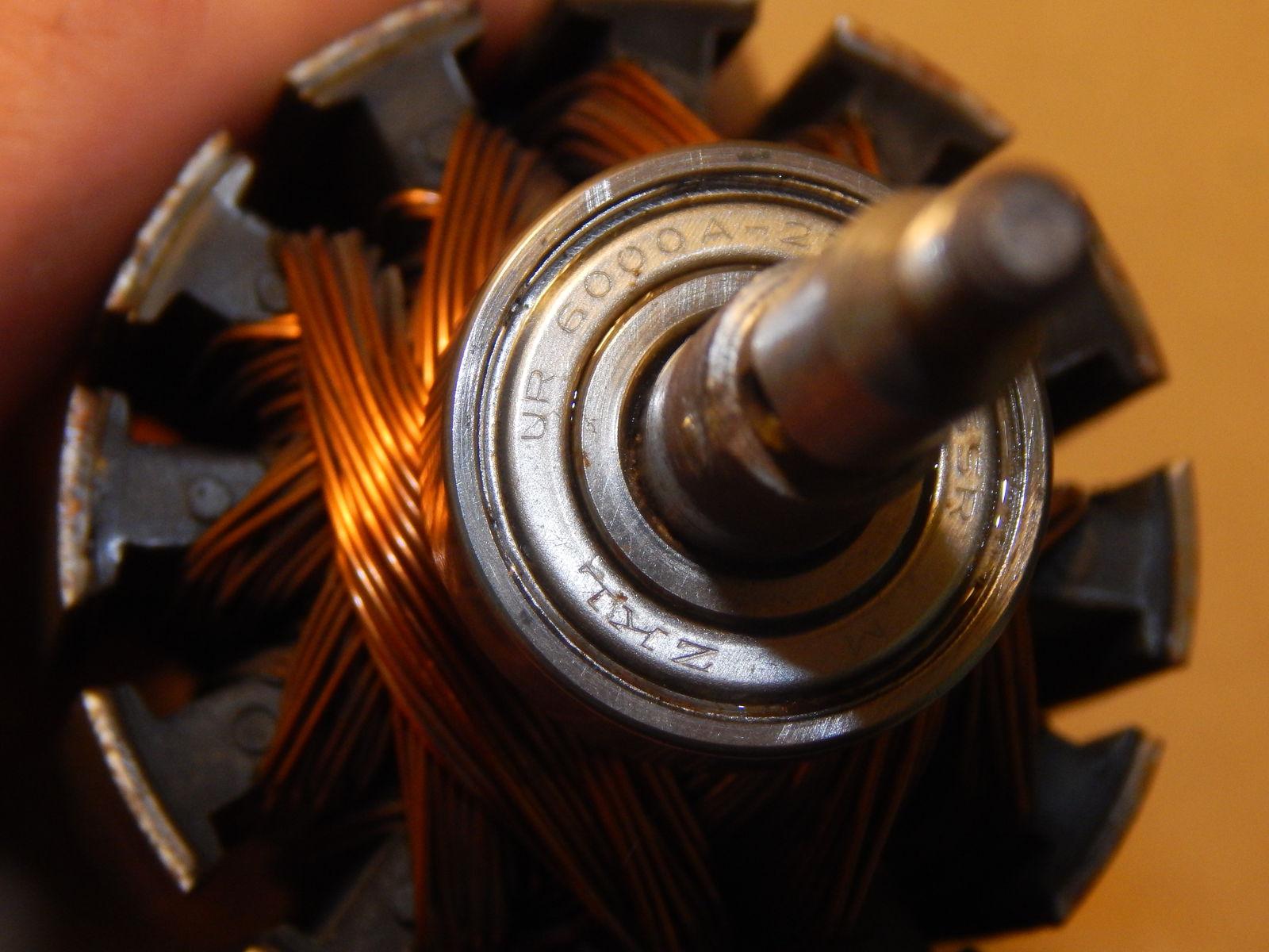 Подшипник мотора 6000