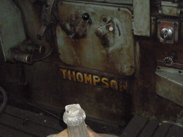 Плоскошлифовальный THOMPSON
