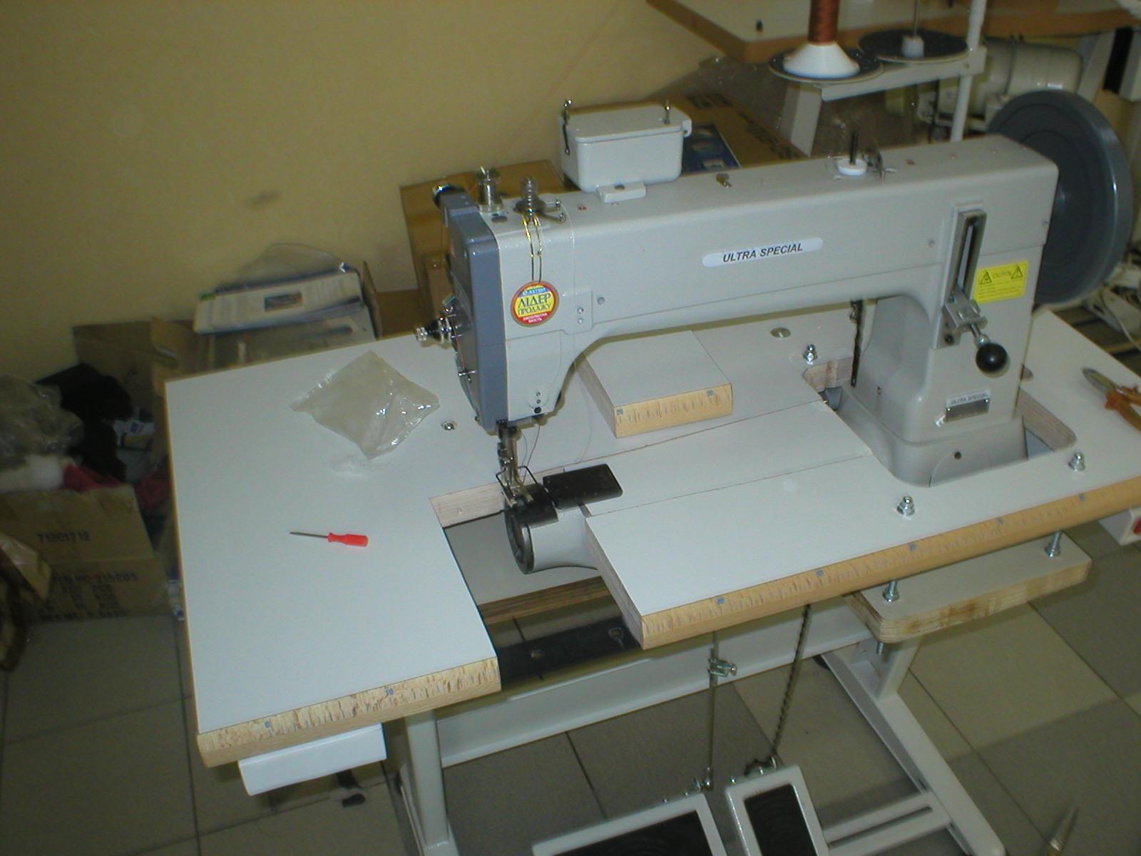 Швейная машина с цилиндрической платформой