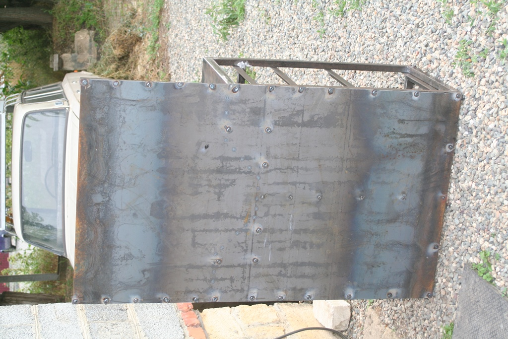 Тумба токарника