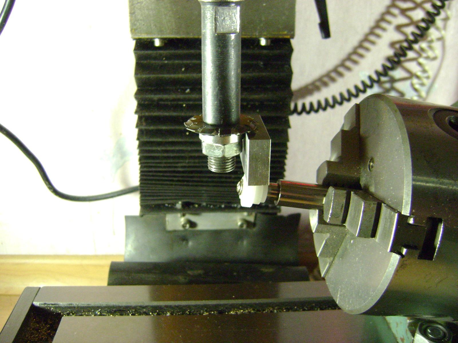 Снова шестеренки, но уже для ксерокса.....        m0,6 z=26 угол 9° (материал - полиацеталь, POМ)