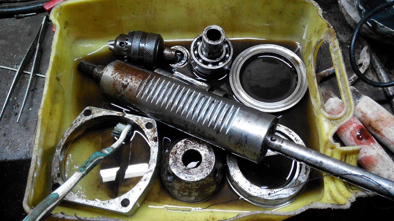 Мойка деталей двигателя
