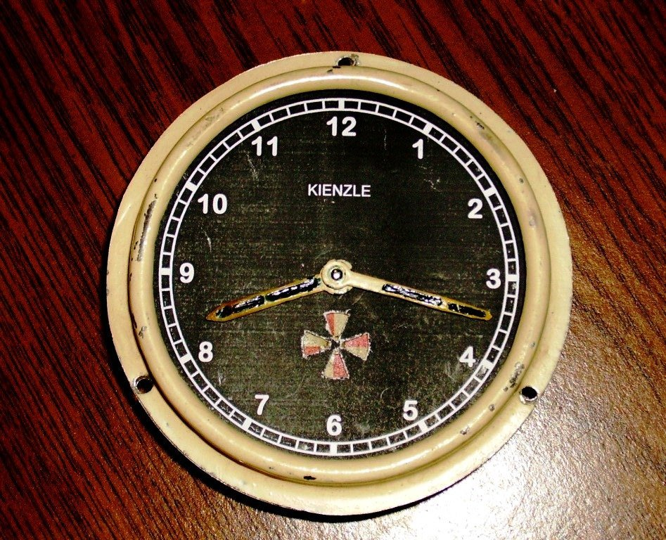 Kienzle. Авиационные часы.