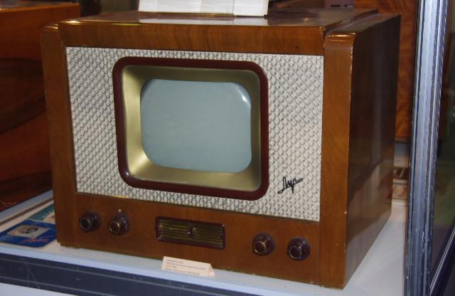 """Телевизор """"Луч"""" 1954г."""