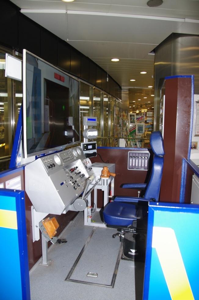 Тренажер машиниста (новый экспонат)