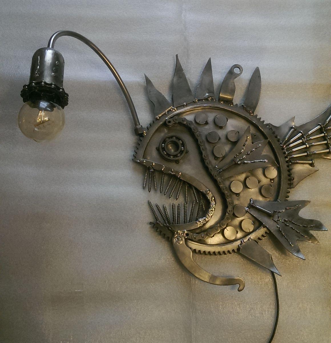Светильник .Рыба-удильщик