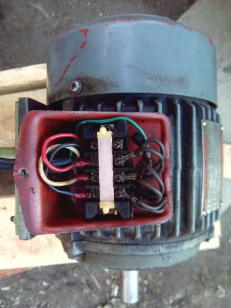 Двигатель колодка