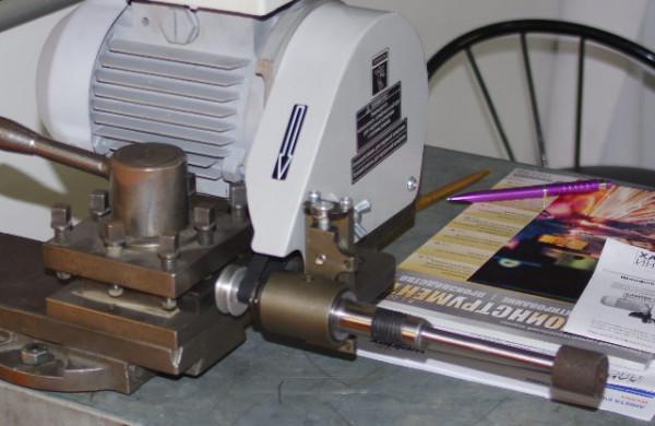 Шлифовальная приставка для установки в резцедержатель