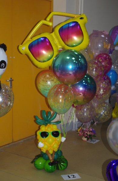 С фестиваля воздушных шаров.