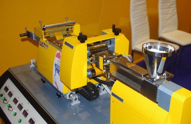 Лабораторный экструдер для ленты