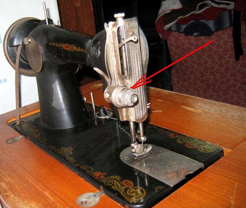 швейная машинка подольск путает нить