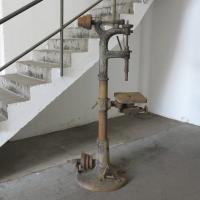 taladro_columna_industrie_design_saulenbohrmaschine_8.JPG