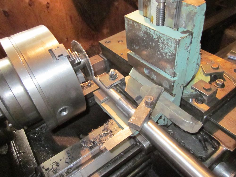 фото приспособлений к токарному станку это работник