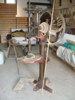 Säulenbohrmaschine antik.jpg