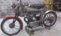 Снегомотоцикл и обычный мотоцикл. И ещё кое что: IMAG0063.jpg