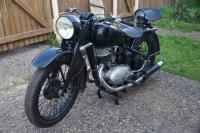 Снегомотоцикл и обычный мотоцикл. И ещё кое что: 105111438.jpg