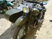 Снегомотоцикл и обычный мотоцикл. И ещё кое что: DSC03028.JPG