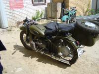 Снегомотоцикл и обычный мотоцикл. И ещё кое что: DSC03020.JPG