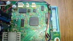 LCMX0256c-3tn100c.jpg